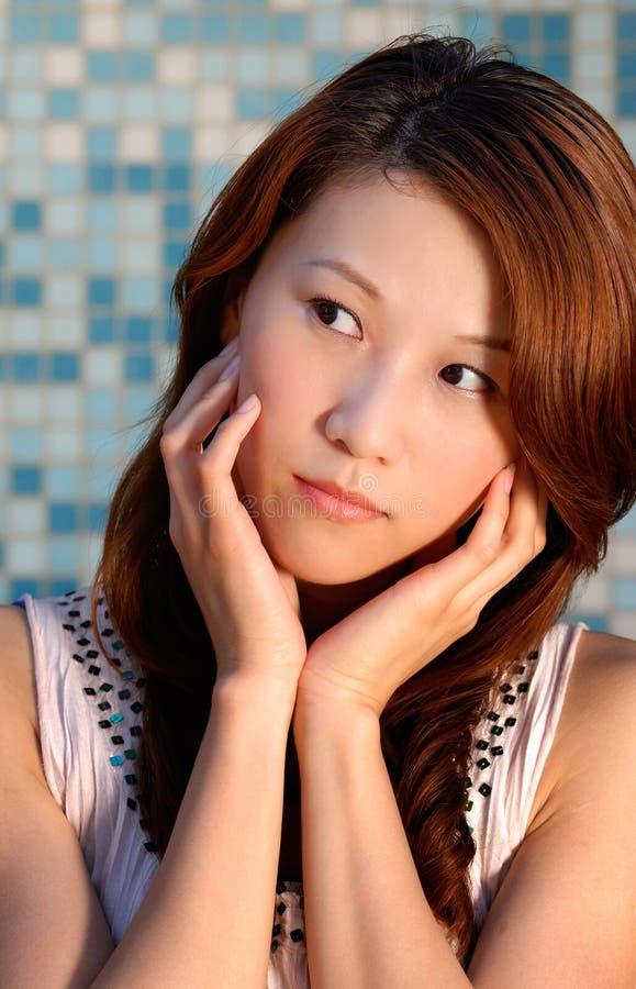 Moderne asiatische Schönheit lizenzfreie stockfotografie