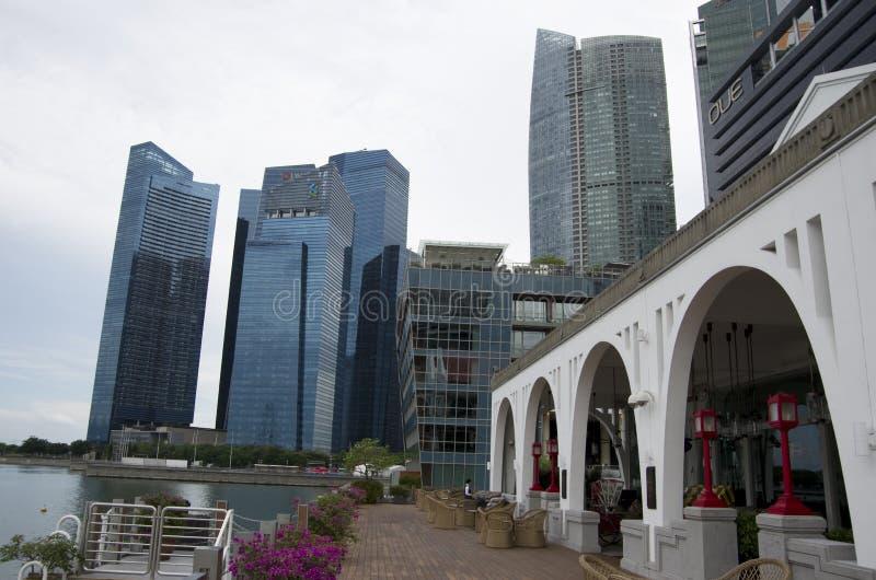Moderne Bürogebäude in Singapur lizenzfreie stockfotos