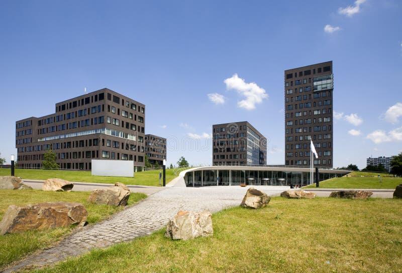 Moderne Bürohaus lizenzfreie stockbilder
