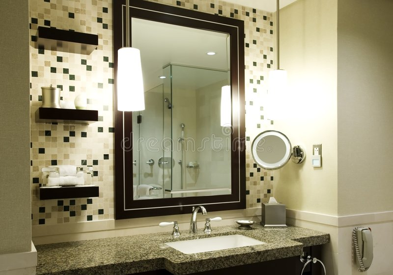 Moderne badkamers stock afbeeldingen