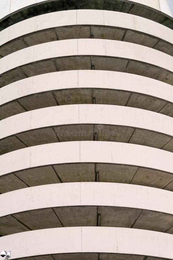 Moderne beton en staalcons. royalty-vrije stock afbeelding