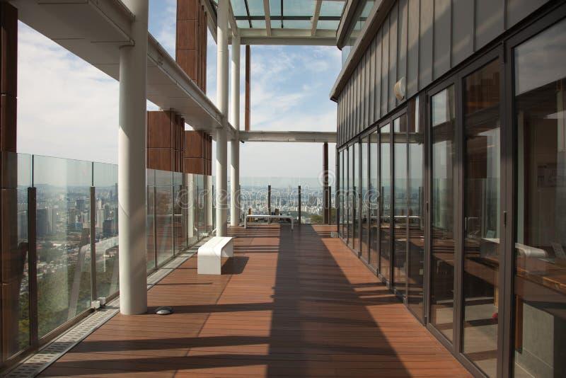 Moderne binnenland en panorama's van de Toren van N Seoel, Zuid-Korea royalty-vrije stock foto