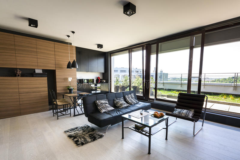 Moderne binnenlandse flat royalty-vrije stock afbeeldingen