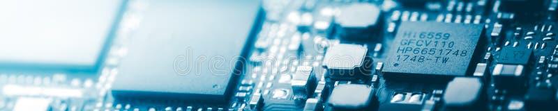 Moderne blaue Leiterplatte-Hintergrund-Fahne lizenzfreie stockbilder