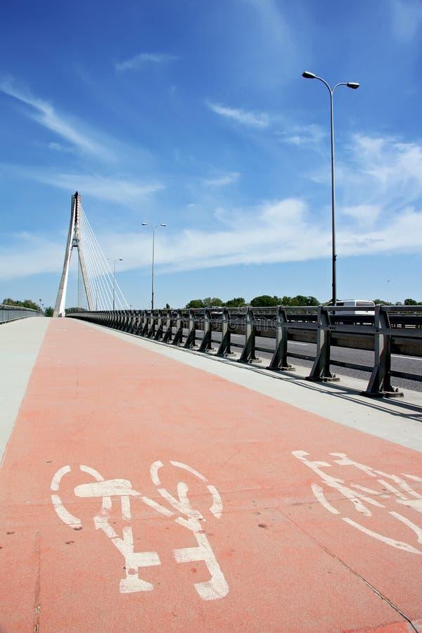 Moderne Brücke. lizenzfreie stockfotos