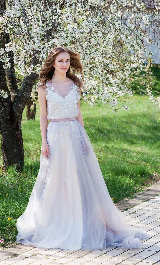Moderne bruid E royalty-vrije stock fotografie