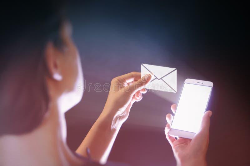 Moderne communicatietechnologieën stock afbeeldingen