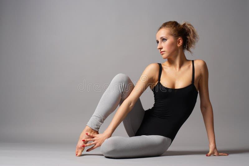 Moderne dans stock afbeelding