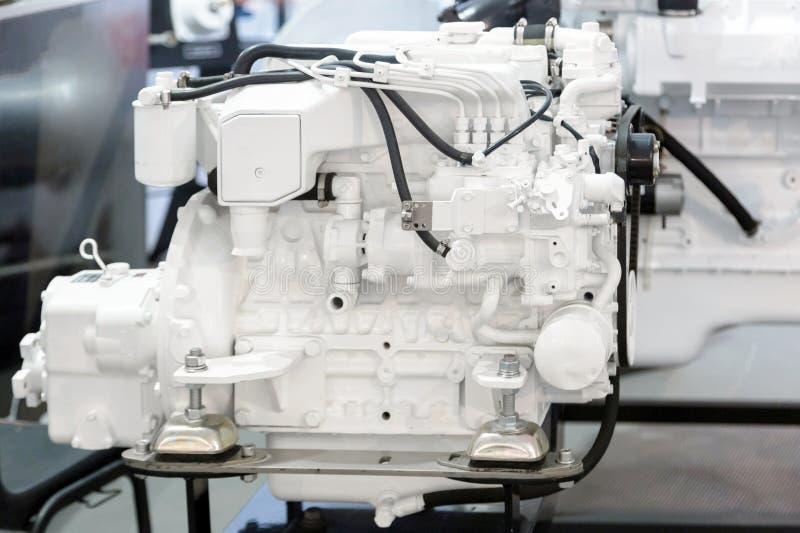Moderne die dieselmotor op de mariene industrie wordt gebruikt stock foto's