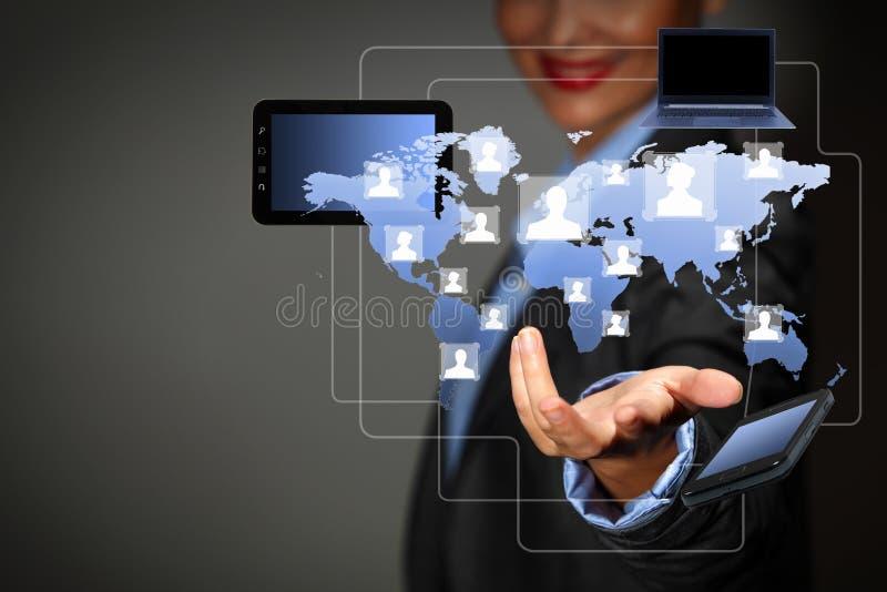 Moderne drahtlose Technologie und Sozialmedien stockfotografie