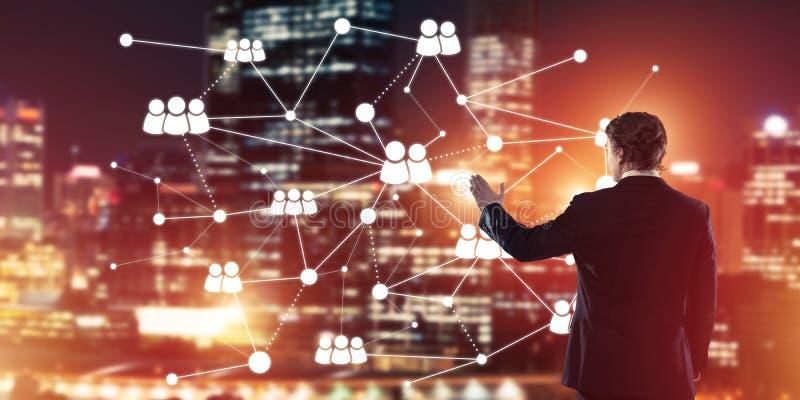 Moderne drahtlose Technologien und Vernetzung als Werkzeug für effectiv stockbilder