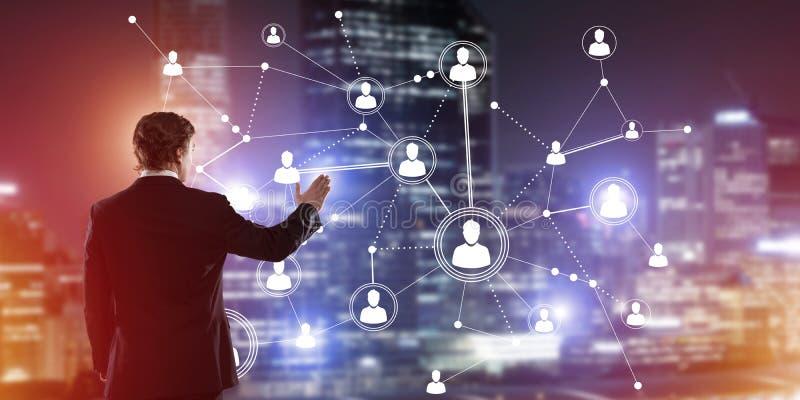 Moderne drahtlose Technologien und Vernetzung als Werkzeug für effektives Geschäft lizenzfreie stockfotos