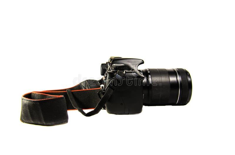 Moderne DSLR-Kamera lokalisiert auf weißem Hintergrund stockfotografie