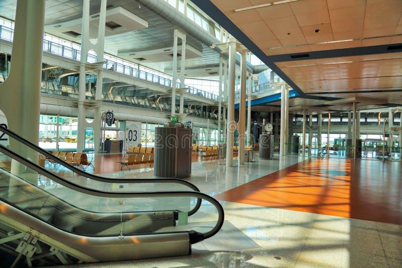 Moderne en Bezige Europese Luchthaven stock afbeeldingen