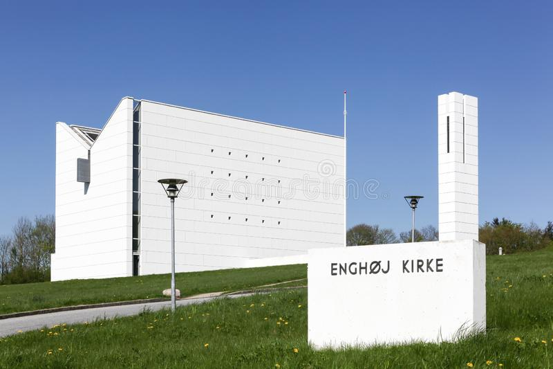 Moderne Enghoj-kerk in Randers, Denemarken stock fotografie