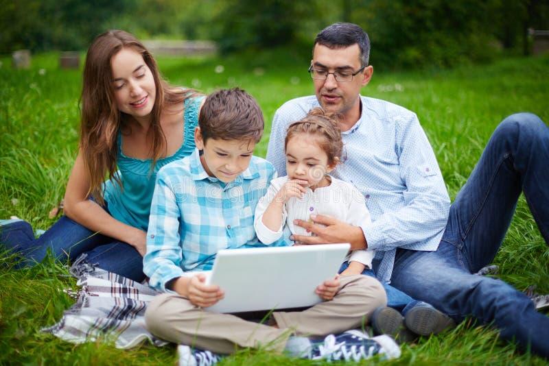 Moderne Familie stock foto