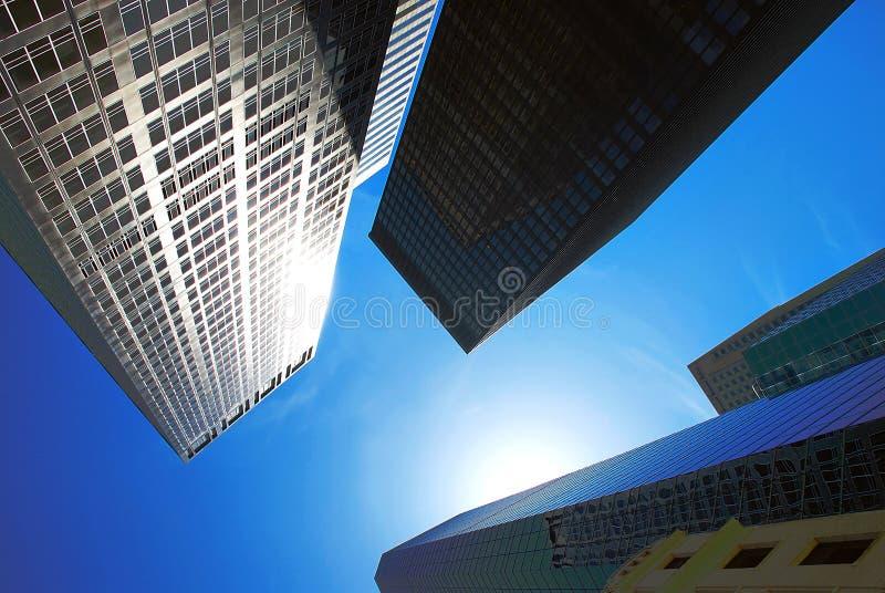 Moderne Gebäude des Büros stockfotografie