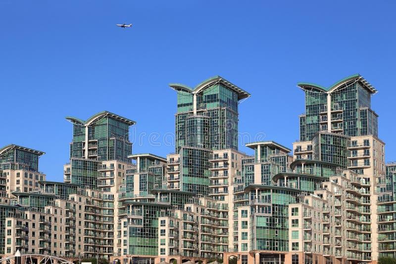 Moderne Gebäude in London lizenzfreies stockbild