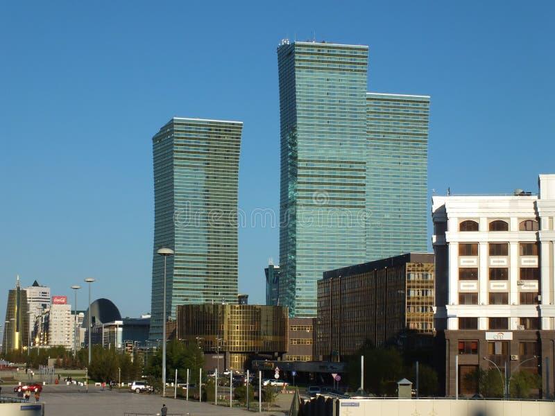 Moderne geroepen torens  royalty-vrije stock afbeeldingen