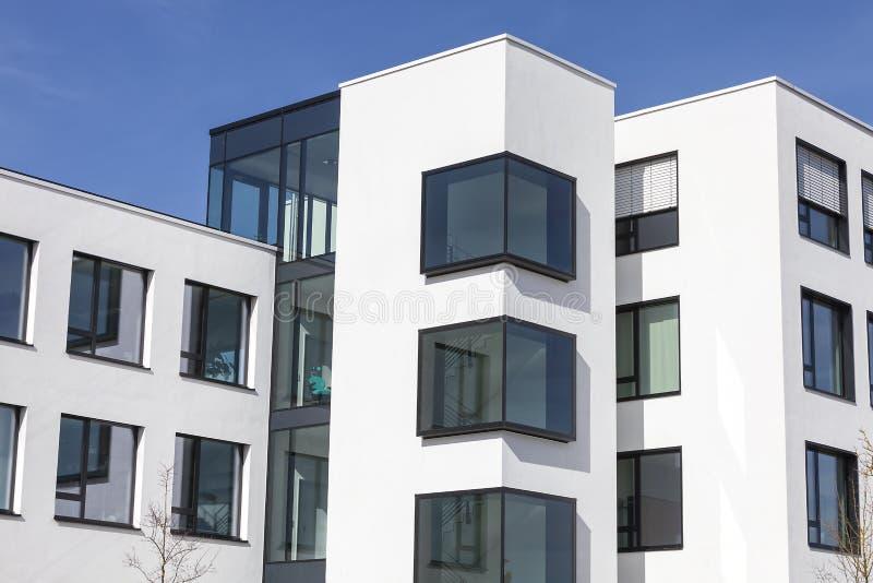 Moderne glasarchitectuur stock afbeeldingen