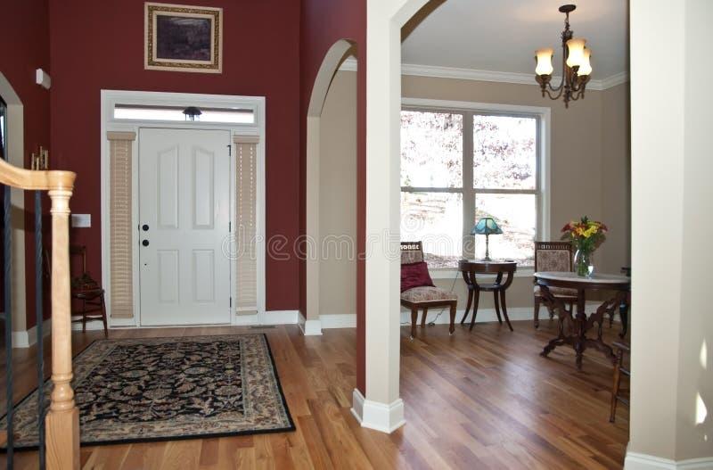Moderne Huis/Ingang/Woonkamer stock foto