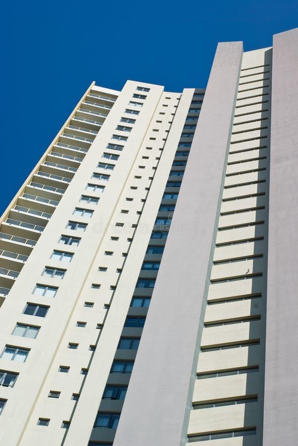 Moderne Innenstadt-Wohnungs-Querstation lizenzfreies stockbild