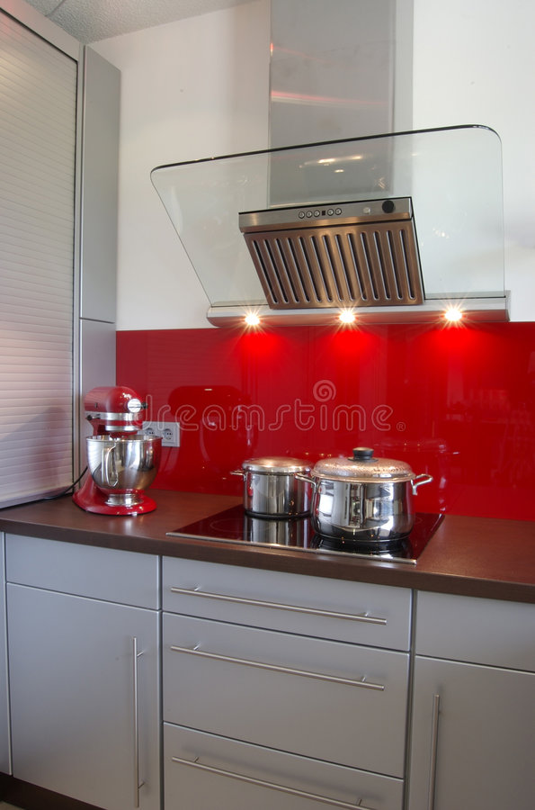 Moderne Küche lizenzfreie stockfotografie