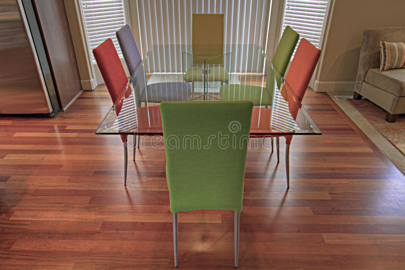 Download Moderne Küche Winkel Möbel 2 Stockfoto   Bild Von Speisen, Tabelle: