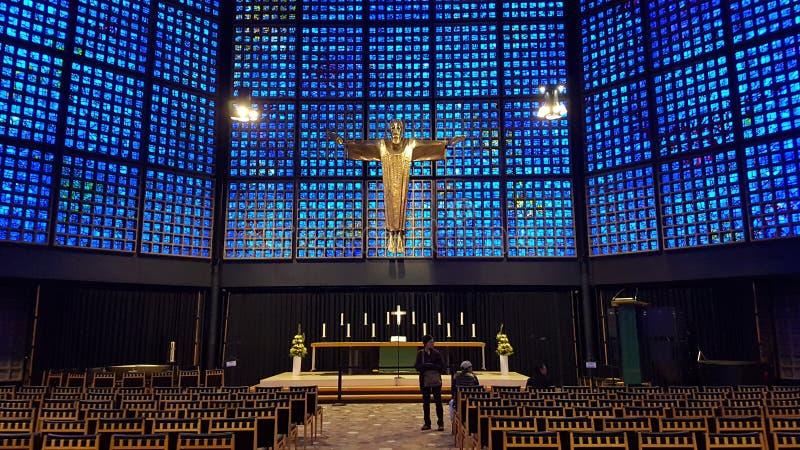 moderne katholische Kirche Berlin Germany lizenzfreie stockbilder
