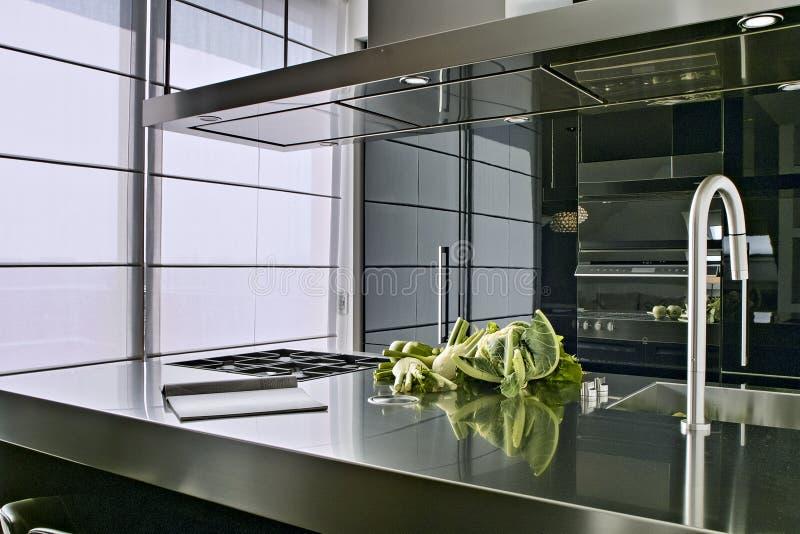 Moderne keuken stock afbeelding