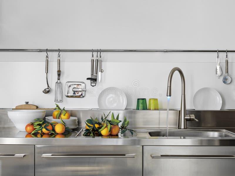 Moderne keuken stock afbeeldingen