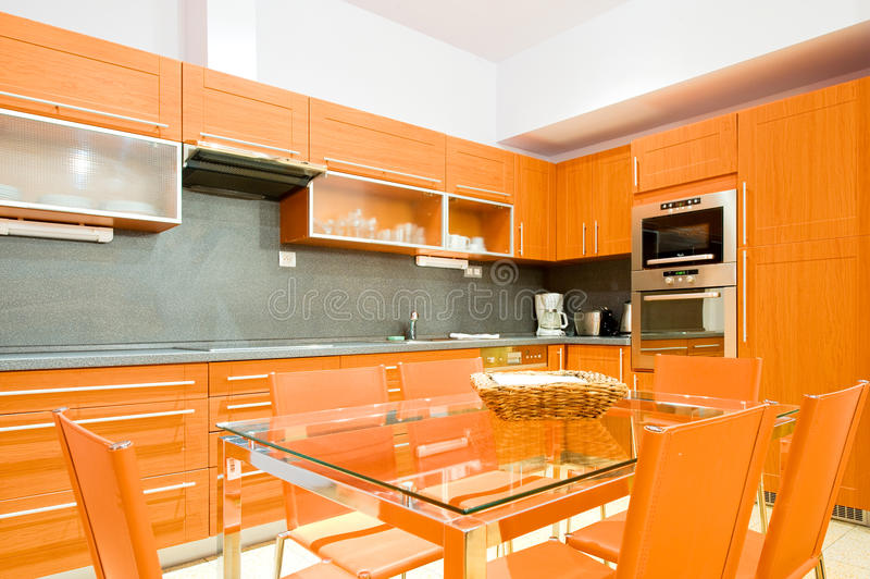 Moderne Luxuxküche lizenzfreie stockfotos