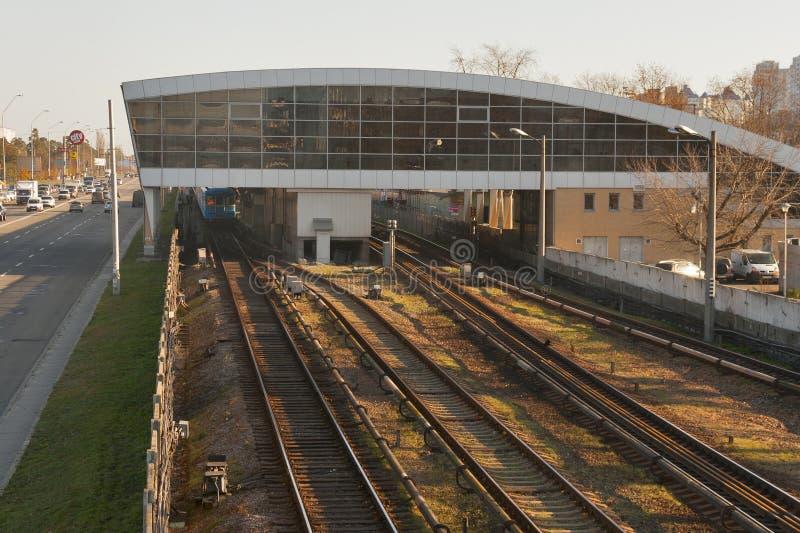Moderne Metro van Kiev post Darnitsa stock fotografie