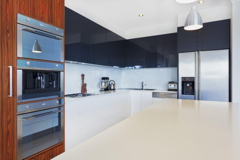 Moderne keuken stock foto