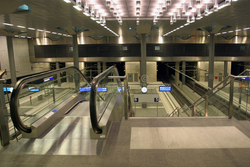 Moderne Rolltreppe stockbilder