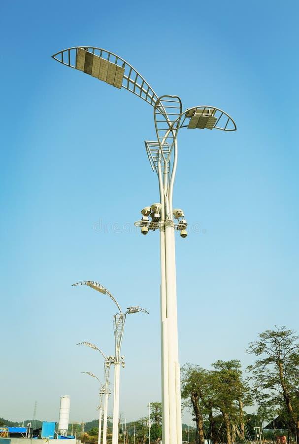 moderne straatlantaarn, decoratieve weg lichte inrichting, straatlantaarn, weglamp royalty-vrije stock foto's