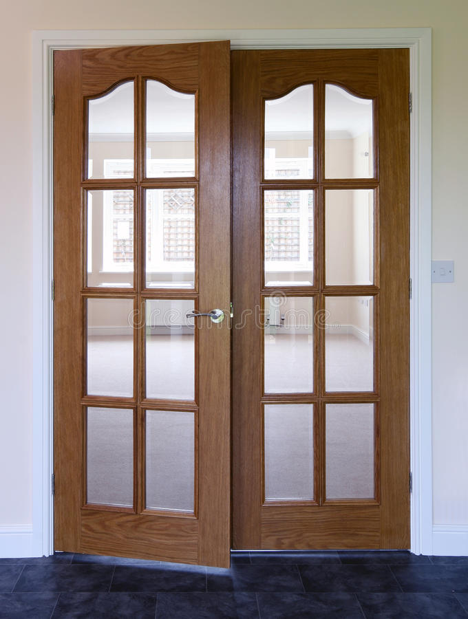 Moderne Tür stockfoto