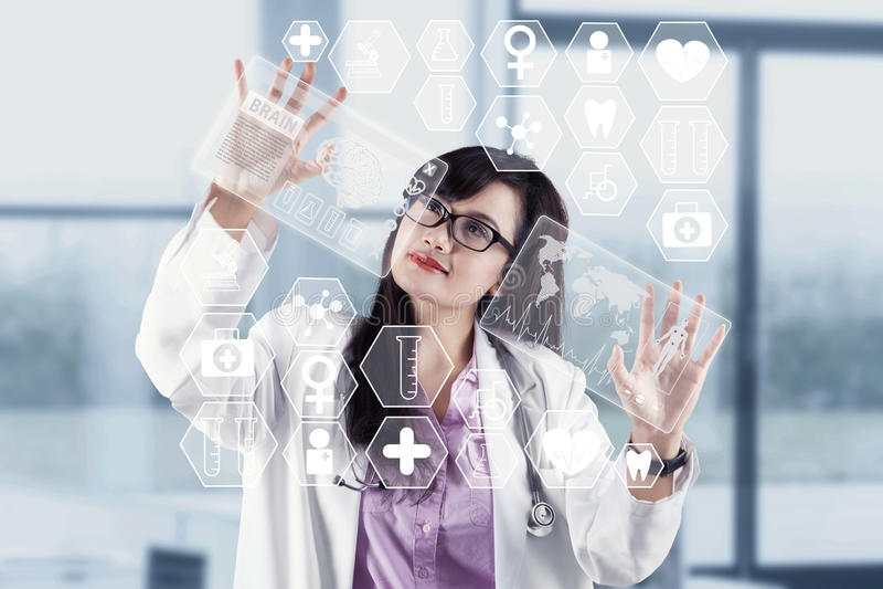 Moderne technologie in medisch stock fotografie