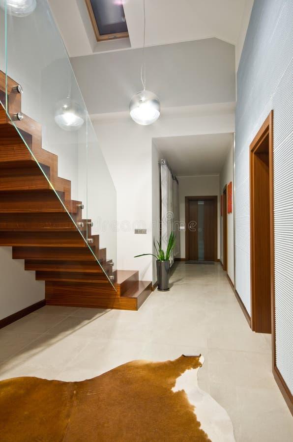 Moderne Treppe moderne treppe mit glashandlauf stockfoto bild architektur