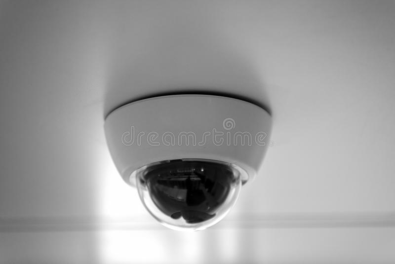 Moderne veiligheidscamera royalty-vrije stock afbeelding