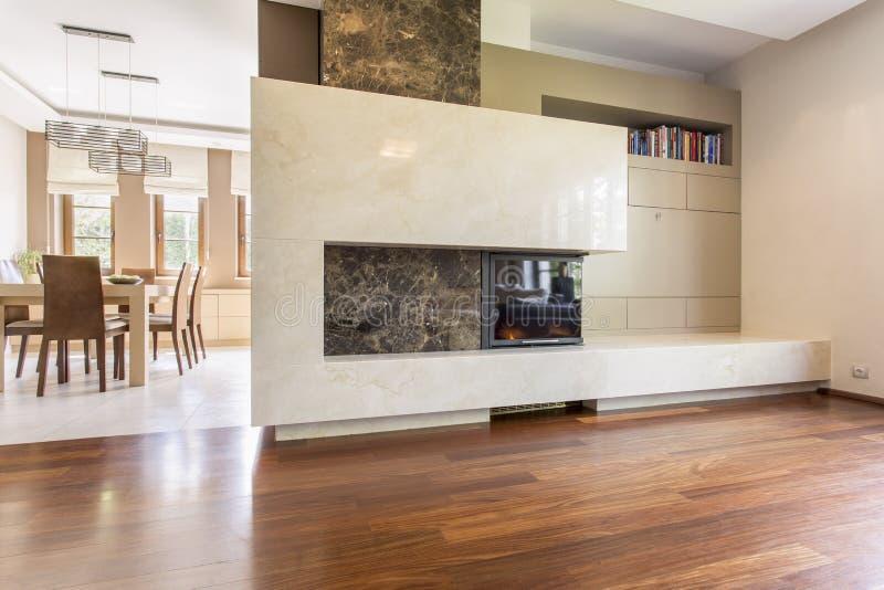 Moderne vormen in een elegant binnenland stock afbeelding