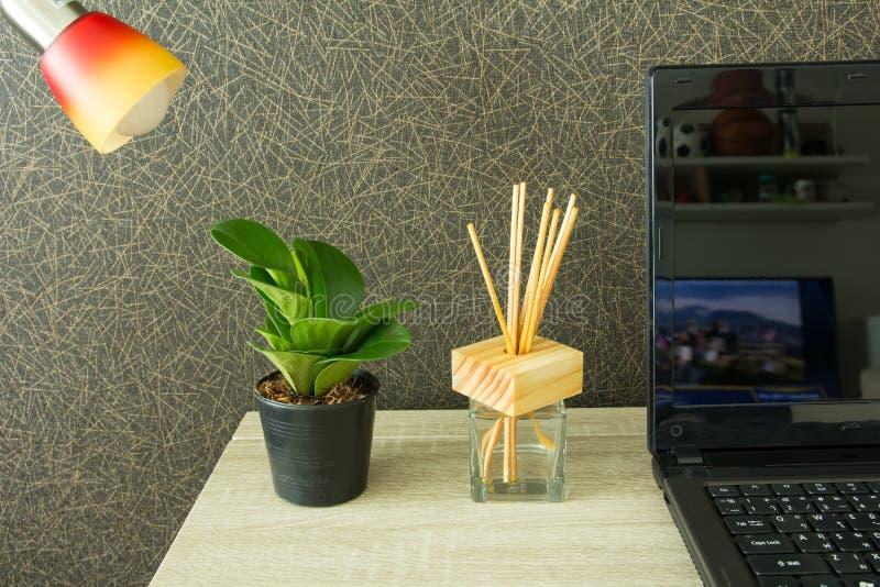 Moderne werkplaats stock afbeeldingen