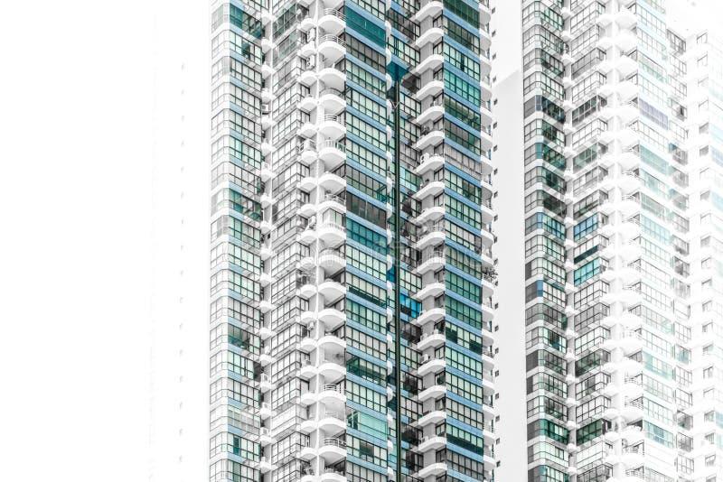 Moderne wolkenkrabber de bouwbuitenkant - abstracte onroerende goederen bedriegt stock afbeelding