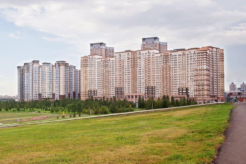 Moderne woon complex in Astana kazachstan royalty-vrije stock foto's