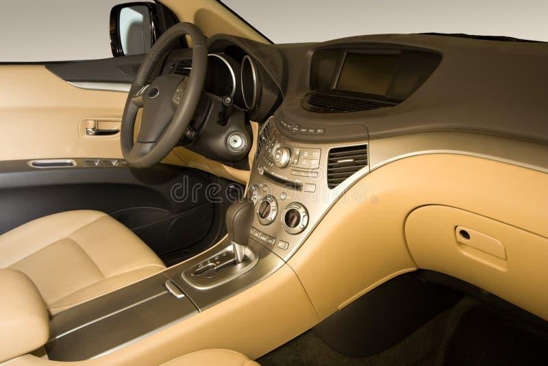 Moderner Auto-Innenraum stockfoto