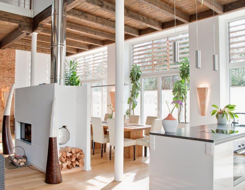 Moderner Dachboden stockfotos