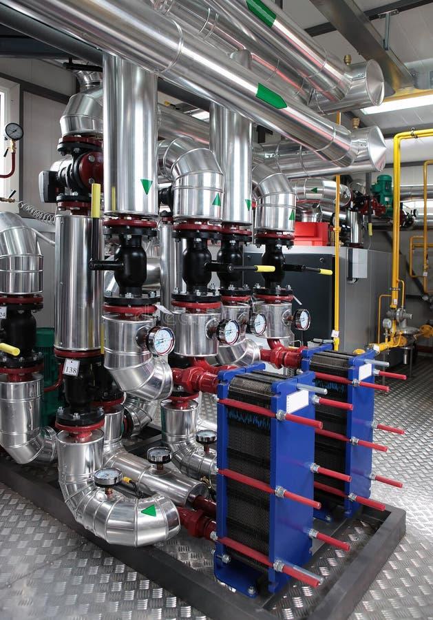 Moderner Gasdampfkesselraum lizenzfreie stockbilder