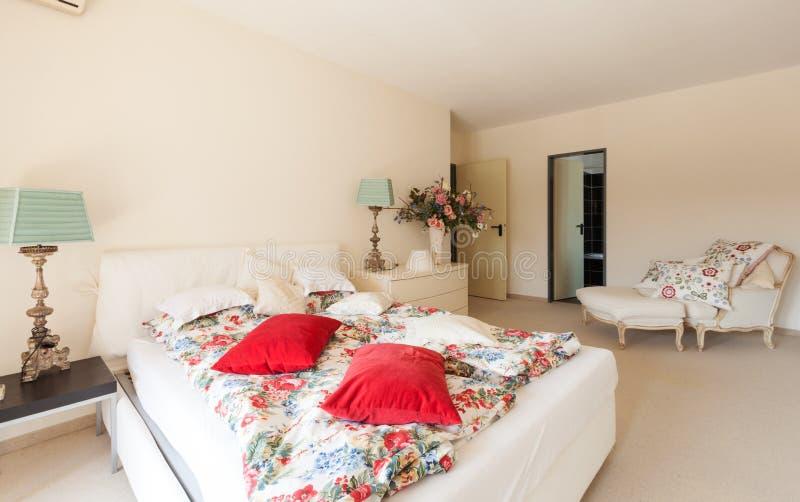 Moderner Hausinnenraum, Schlafzimmer stockbild