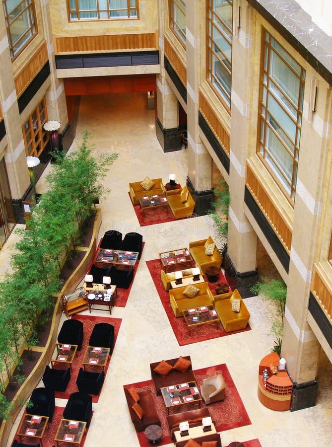 Moderner hochwertiger Hotelinnenraum lizenzfreie stockbilder