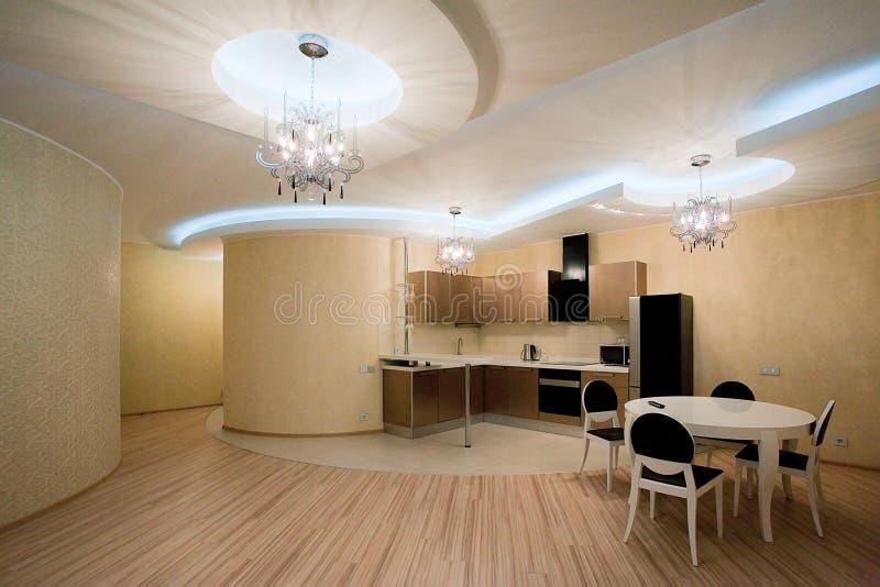 Moderner Kücheinnenraum lizenzfreies stockfoto